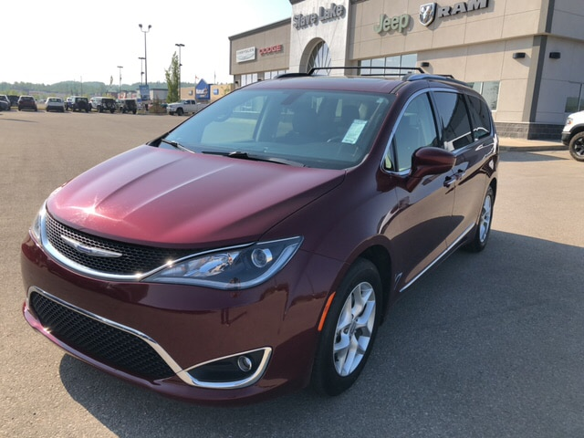 2018 Chrysler Pacifica TOURING L PLUS,DUAL DVD,PANARAMA ROOF!