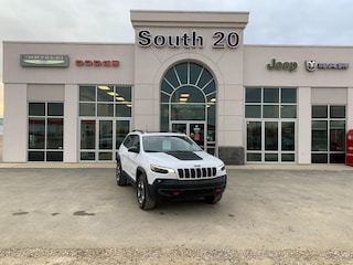 Used 2019 Jeep Cherokee Trailhawk 1C4PJMBX1KD447770 for sale in Humboldt