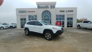 Used 2016 Jeep Cherokee Trailhawk 1C4PJMBS5GW374628 for sale in Humboldt