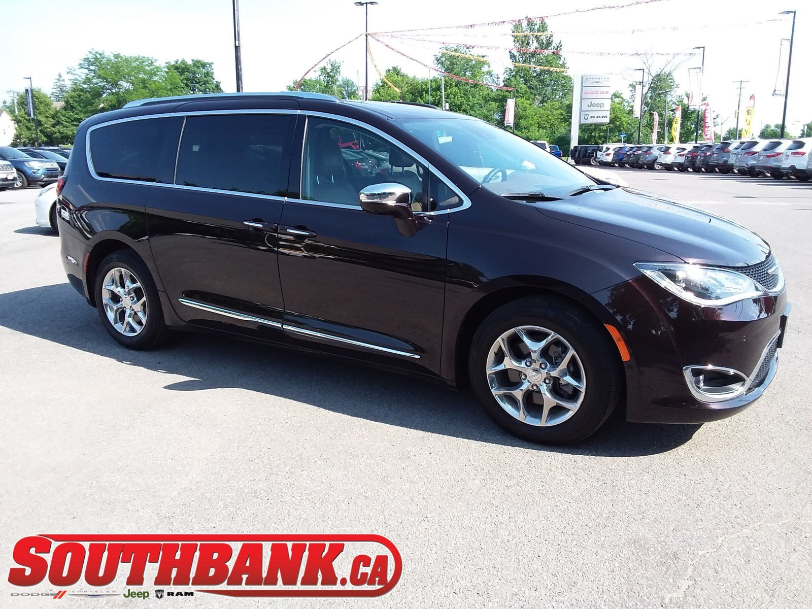 2018 Chrysler Pacifica Limited 2WD