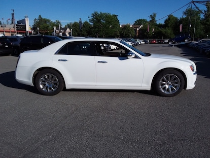 2013 Chrysler 300 Touring For Sale in Ottawa ON | VIN: 2C3CCAAG1DH714537