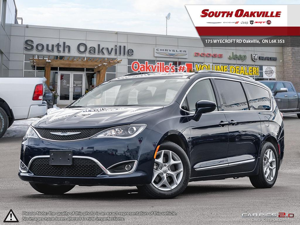 2018 Chrysler Pacifica Touring-L Plus | DUAL BLURAY/DVD & SUNROOF | LEATH Van Passenger Van