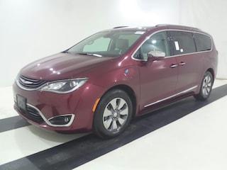 2017 Chrysler Pacifica Hybrid Platinum | OPEN FOR WALK-INS | SLASHED PRICES! Van Passenger Van
