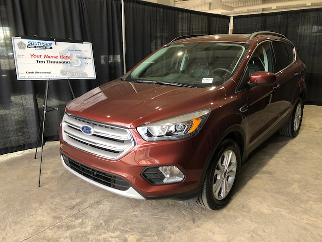 2018 Ford Escape SEL AWD W/ Panoramic Roof, NAV  Sport Utility