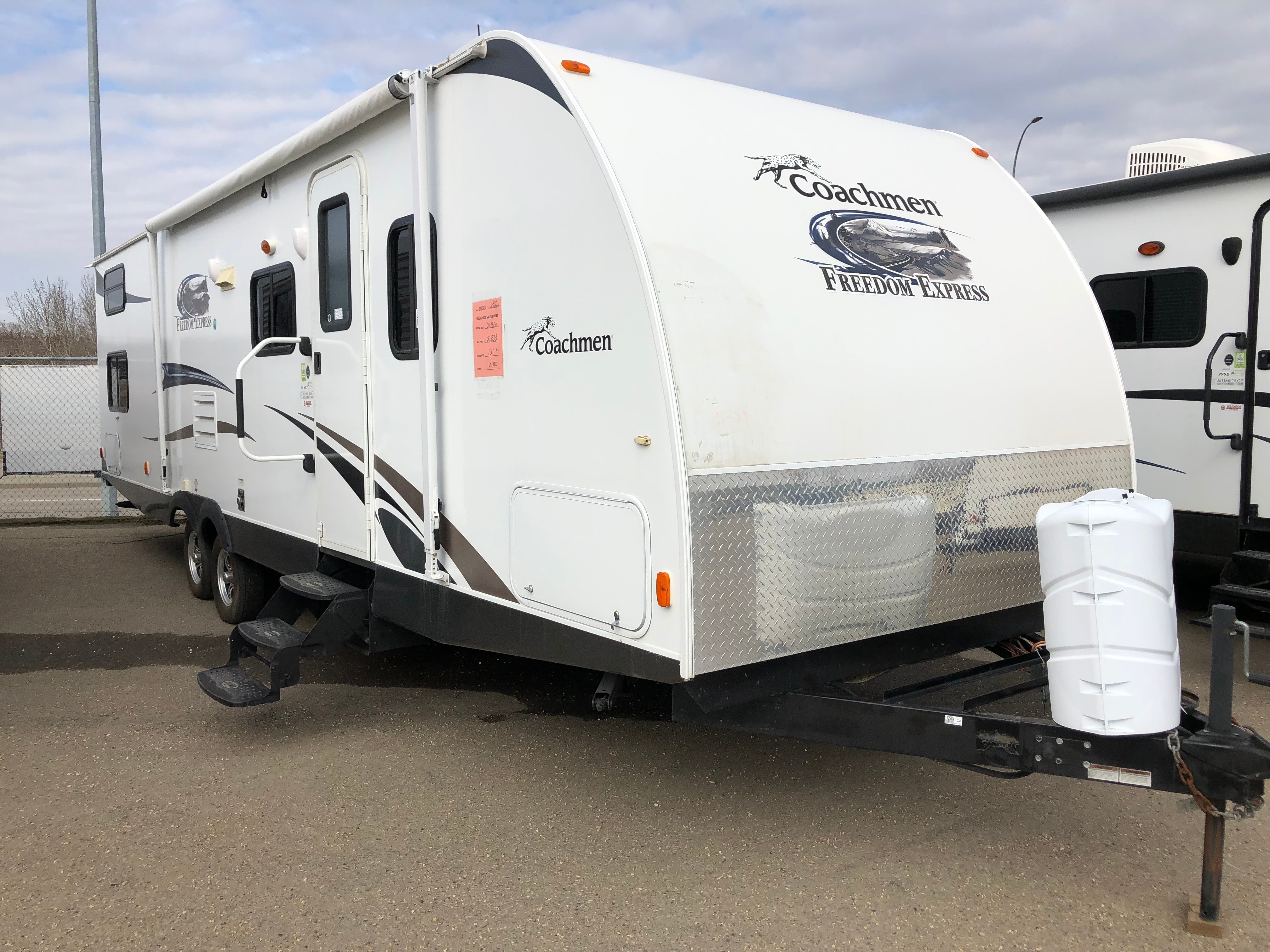 2014 Coachman 29SE TRAVEL TRAILER