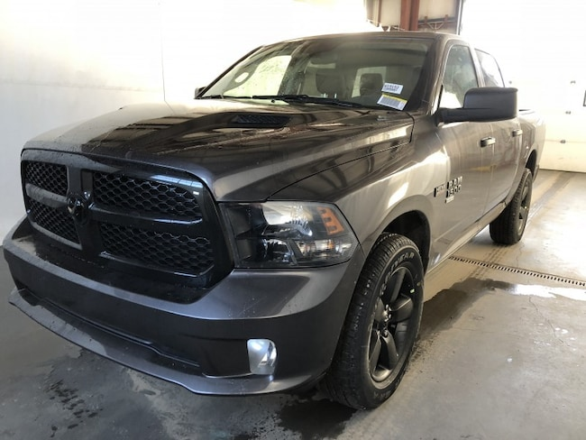 New 2019 Ram 1500 Classic ST Truck Crew Cab W19152 in Red Deer, AB