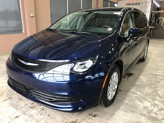 New 2018 Chrysler Pacifica L Van PA1812 2C4RC1AGXJR148406 in Red Deer, AB