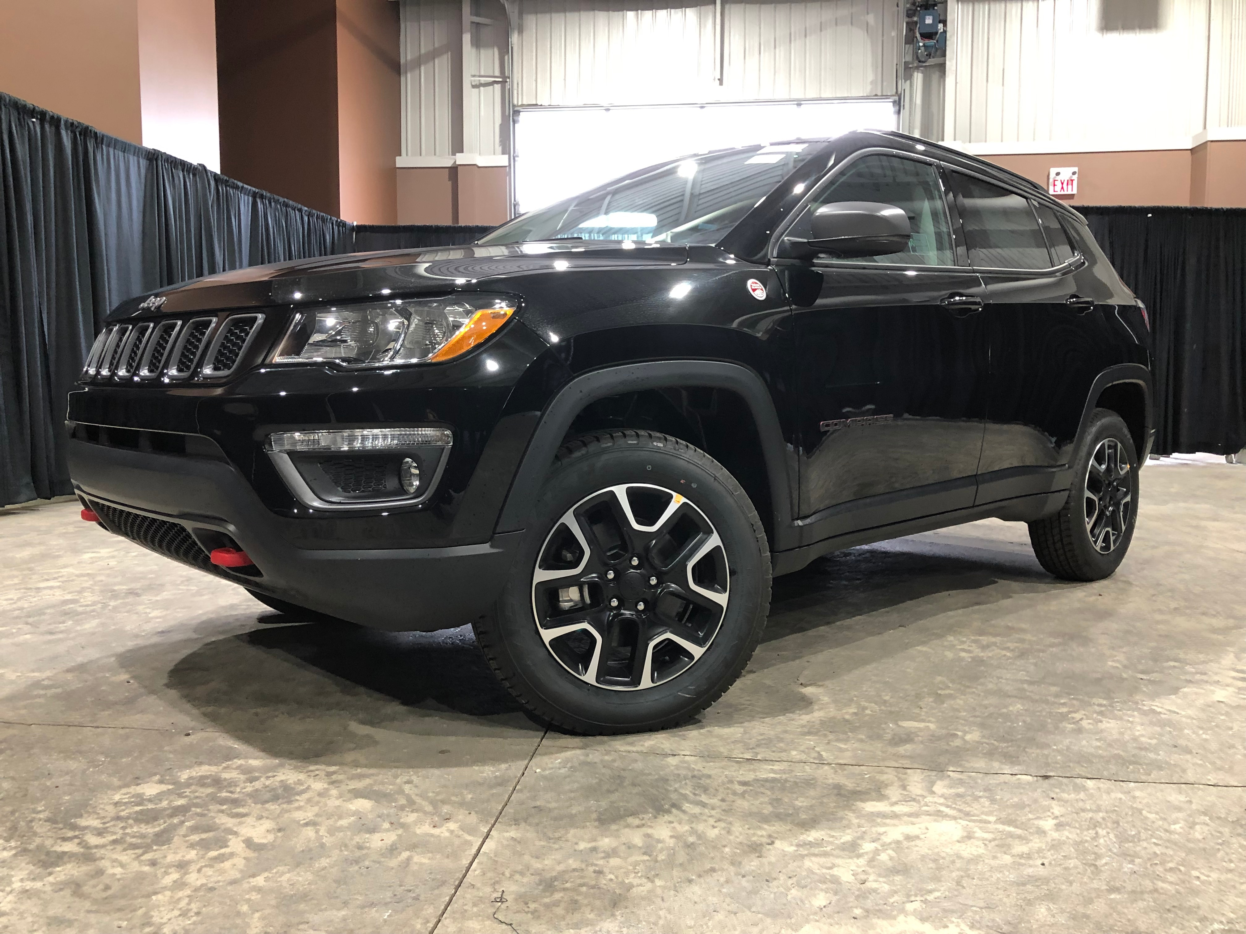 Leather Jeep Seats >> New 2020 Jeep Compass Trailhawk Leather Seats For Sale In Red Deer Ab Near Lacombe Rimbey Olds Sylvan Lake Ab Vin 3c4njddb4lt104715