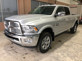New 2018 Ram 2500 Laramie Truck Crew Cab WJ18134 3C6UR5FL0JG411361 in Red Deer, AB