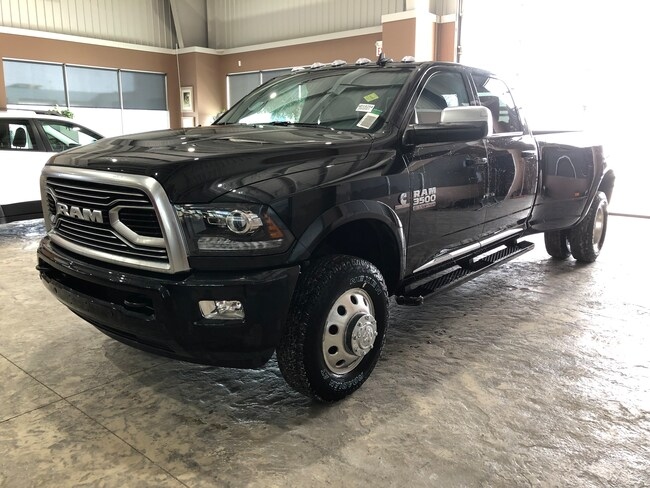 New 2018 Ram 3500 Limited Crew Cab Pickup - Long Bed WD18254 in Red Deer, AB