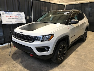 New 2019 Jeep Compass Trailhawk SUV JC1918 3C4NJDDB4KT675426 in Red Deer, AB