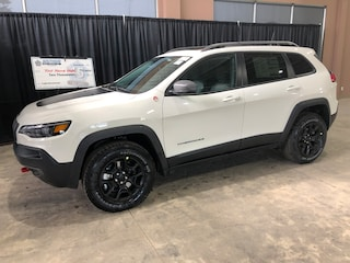 New 2019 Jeep New Cherokee Trailhawk Elite SUV CE19123 1C4PJMBX7KD442296 in Red Deer, AB