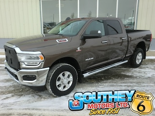 Used 2019 Ram 2500 Big Horn 4x4 - Only 6,000 km's! Truck 3C6UR5DL6KG579333 in Southey, SK