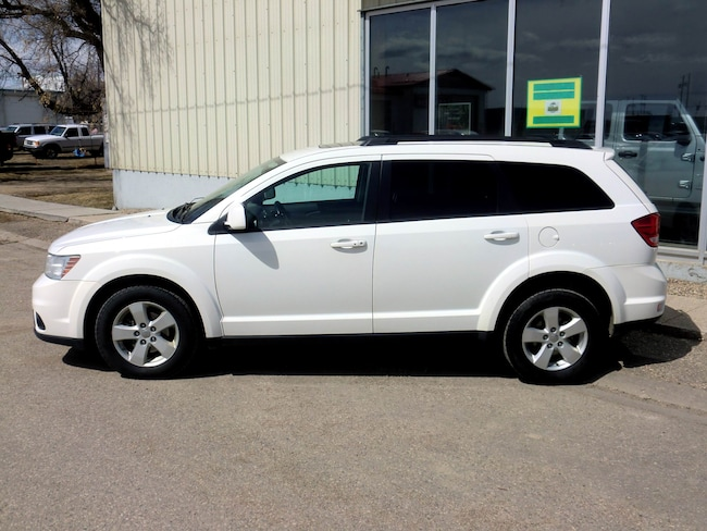 2011 Used Dodge Journey SXT - Sunroof For Sale in Southey SK | Used Car  Dealer near Moose Jaw & Regina | 13604