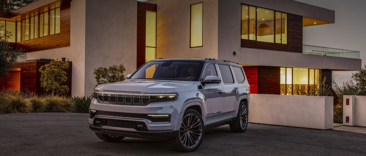 2021 Jeep Grand Wagoneer In White