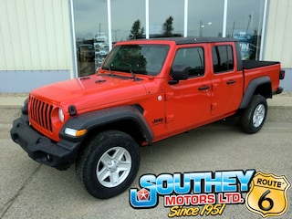 Used 2020 Jeep Gladiator Sport S 4x4 - One Of The First In The Province Truck 1C6HJTAG3LL104084 in Southey, SK