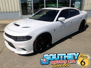 2016 Dodge Charger SRT Hellcat - 707 Horsepower!