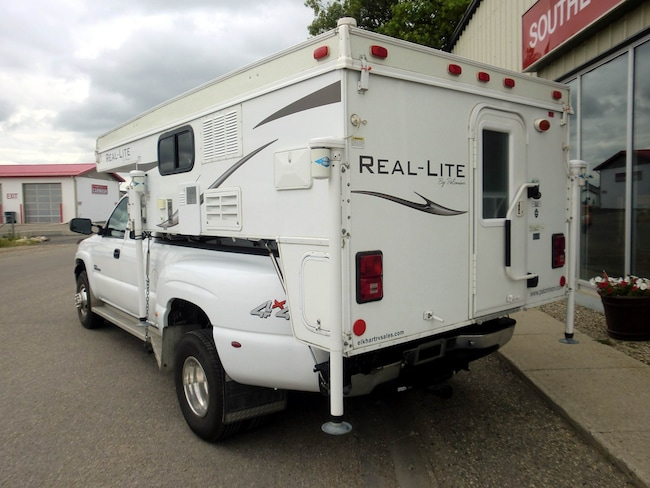 2013 used palomino real lite truck camper like new for sale in southey sk used car dealer. Black Bedroom Furniture Sets. Home Design Ideas