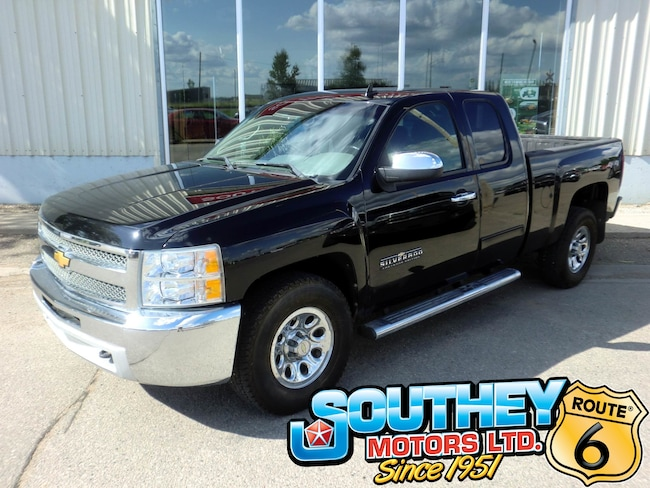 Used 2012 Chevrolet Silverado 1500 LS Cheyenne Edition 4x4 - Low Mileage Truck 1GCRKREA8CZ144788 for sale near Regina
