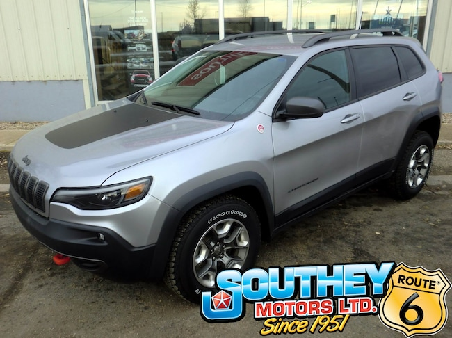 Used 2019 Jeep Cherokee Trailhawk 4x4 - Fully Loaded SUV 1C4PJMBX6KD115212 for sale near Regina