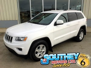 2014 Jeep Grand Cherokee Laredo 4x4 - Only 94,000 km's