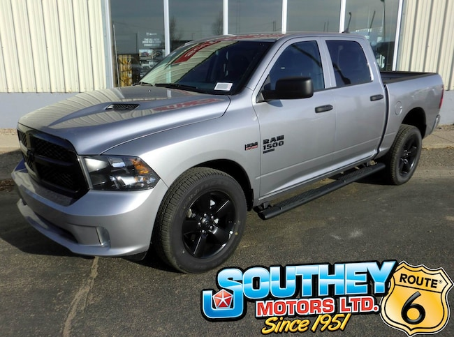 New 2019 Ram 1500 Classic ST Truck Crew Cab DYNAMIC_PREF_LABEL_AUTO_NEW_DETAILS_INVENTORY_DETAIL1_ALTATTRIBUTEAFTER