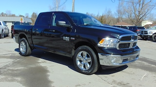 2019 Ram 1500 1500 Crew 4X4 SXT Plus- Under 100 KMS!!! Crew Cab