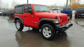 2019 Jeep Wrangler Sport S 4x4- Clean Carfax- Under 300 KMS !!!! SUV