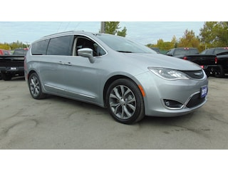 2019 Chrysler Pacifica Limited - Executive Demo- Clean Carfax