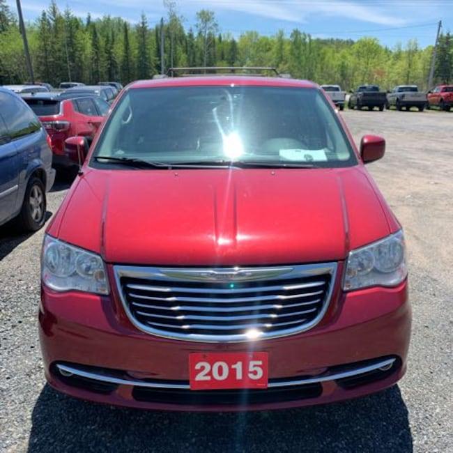 2015 Chrysler Town & Country Touring-L Van Passenger Van