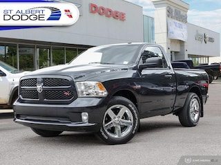 2014 Ram 1500 Express| 5.7L HEMI | LOW KMS | CLEAN CARFAX REPORT 2WD Reg Cab 120.5 Express
