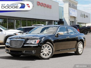 2014 Chrysler 300 300CNAVIGATION| PANORAMIC SUNROOF| HEATED FRONT/RE Sedan