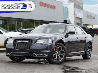 2015 Chrysler 300 300SHEATED LEATHER SEATS| BACKUP CAMERA| AWD Sedan