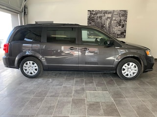 2020 Dodge Grand Caravan SXT Navi/Hitch/Bluetooth/TRI-Zone Minivan