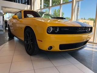2018 Dodge Challenger R/T Shaker Rear Park Assist, NAV Sedan