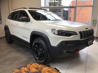 2019 Jeep New Cherokee Trailhawk Heated Seats, Dual Pane Sunroof, NAV SUV