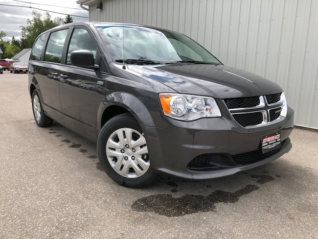 Used 2018 Dodge Grand Caravan Canada Value Package Cruise, A/C, Minivan Winnipeg
