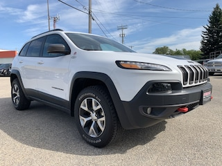 2018 Jeep Cherokee Trailhawk Leather Plus Leather Int, Sunroof SUV