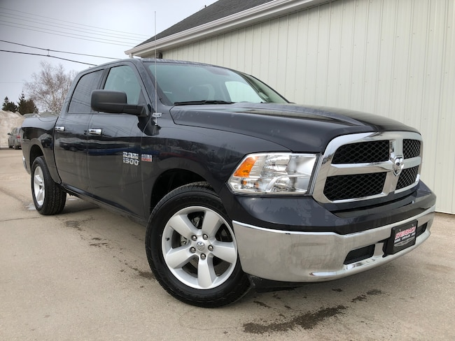 Used 2018 Ram 1500 SLT Bluetooth, Heated Mirrors, Keyless Entry Truck Winnipeg