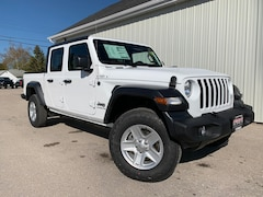 2020 Jeep Gladiator Sport S Heated Mirrors, Bluetooth, Remote Start Truck