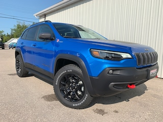 2019 Jeep New Cherokee Trailhawk Elite Leather Int, Hitch, Sunroof SUV
