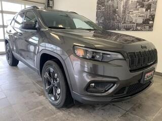 2021 Jeep Cherokee Altitude Sunroof, Hitch, Heate SUV