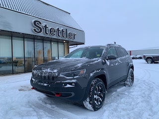 New 2020 Jeep Cherokee Trailhawk SUV 20T035 in Stettler, AB