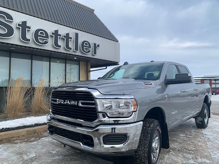 Featured pre-owned  2020 Ram 2500 Big Horn 4x4 Crew Cab 6.3 ft. box 149 in. WB for sale in Stettler, AB