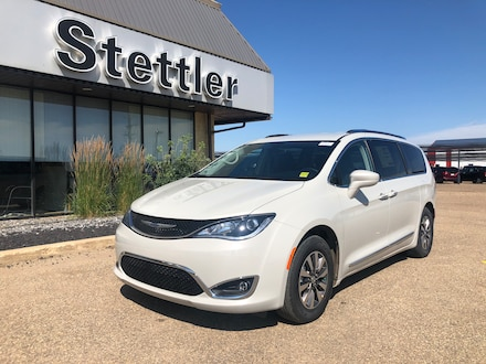Featured new 2020 Chrysler Pacifica Touring-L Plus Van for sale in Stettler, AB