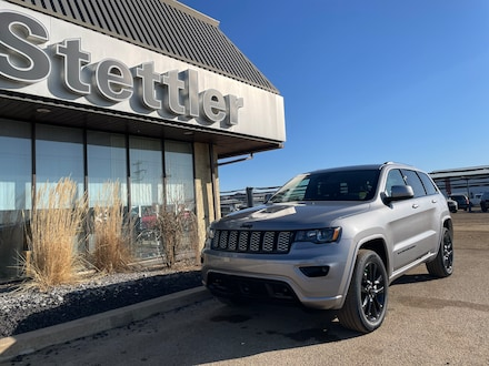 Featured new 2021 Jeep Grand Cherokee Altitude 4x4 for sale in Stettler, AB