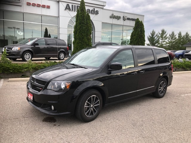 2018 Dodge Grand Caravan GT heated leather, power sliding doors Van