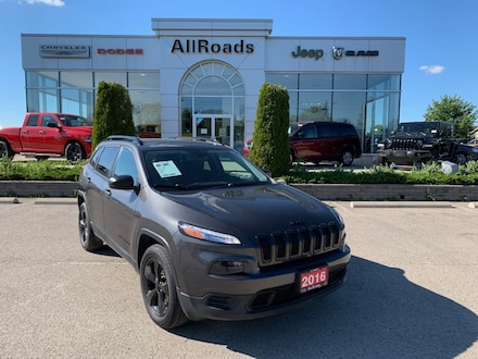 2016 Jeep Cherokee Sport Altitude 4x4./ 1 owner clean history SUV