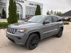 2019 Jeep Grand Cherokee Altitude 4x4 / nav/ leather suede/ tow grp SUV