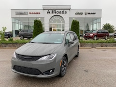 2020 Chrysler Pacifica Touring L , 35th S Package, 16% off MSRP! Van